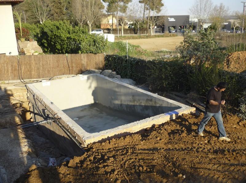 Construcci n de piscinas construcci n mantenimiento y for Piscinas desmontables de pvc