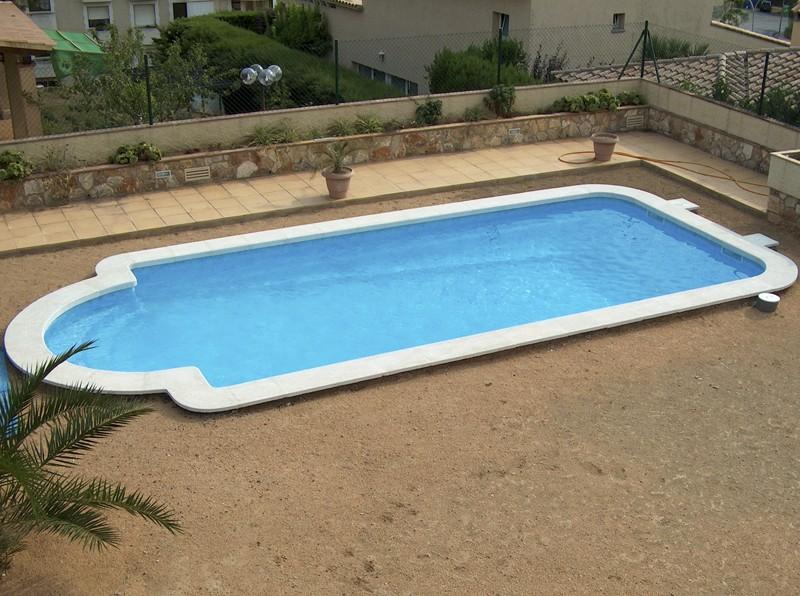 Construcci n de piscinas construcci n mantenimiento y for Piscina fibra precio